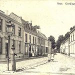 Bree-Gerdingerstraat-met-links-waterpomp
